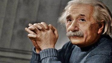 Albert Einstein Kimdir ? | Albert Einstein'ın Hayatı ve Buluşları